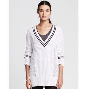 V-Neck Stitch Cocoon Sweater